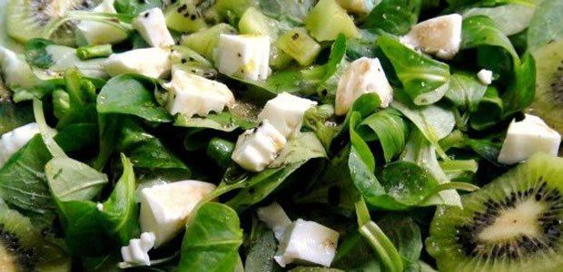 Kiwi en ensalada